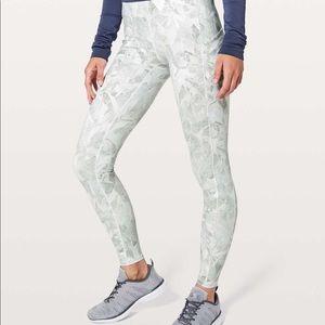 Lululemon leggings jasmine white color